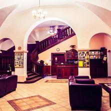 Kaštiel Fričovice Fričovce 33677998