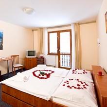 Horský hotel Eva Svätý Jur 1133785007
