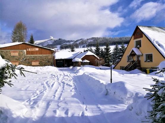 Apartmány a Autokemp V Zátiší Zimní foto