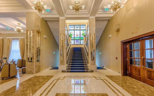 Royal Palace 1154921263