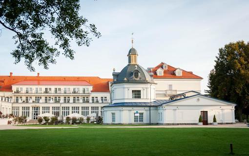 Royal Palace 1154921307