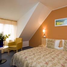 Hotel Chvalská Tvrz -Praha-pobyt-Balíček RELAX