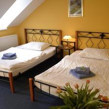 Hotel Boston Karlovy Vary 42697340