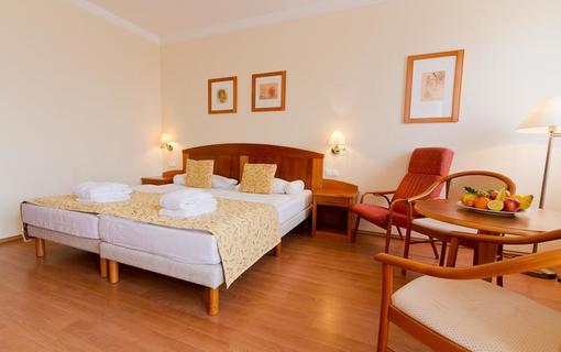 Hotel Karos Spa 1150771447