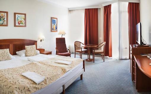 Hotel Karos Spa 1150771445
