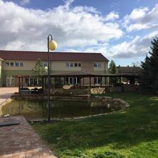 Hotel Dvůr Písková Lhota
