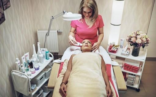 Wellness pohlazení pro dámy-Wellness hotel Green Paradise 1153886135