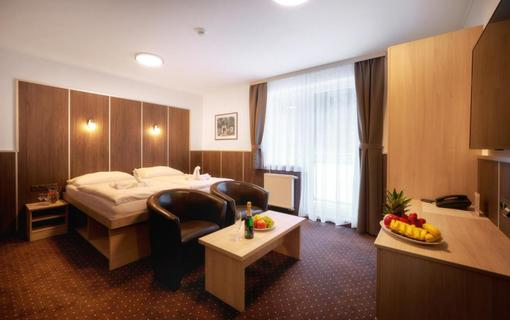 Wellness hotel Green Paradise 1155785803