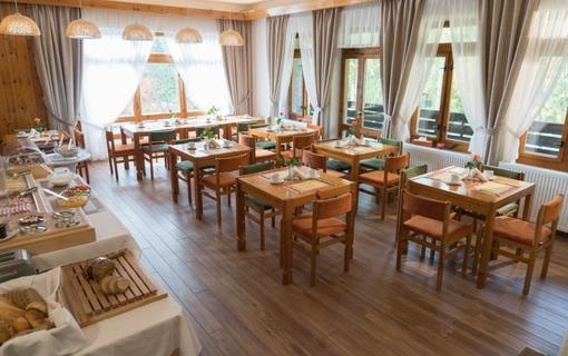 ProFamily Hotel TOP Snídaně formou bufetu