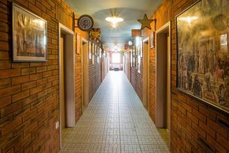 Retro hotel Garage Ostrava 48297510