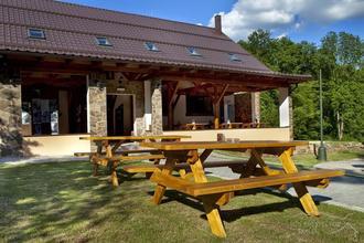 chata Pod Břesteckou skalou Břestek 42410360