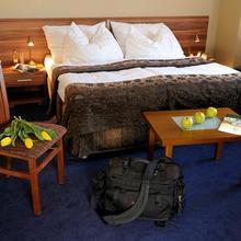 Hotel Victoria Martin 39016416