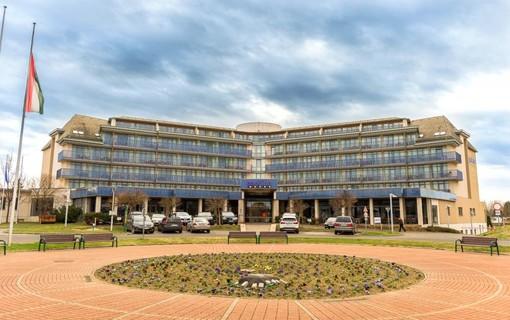 Silvestrovský pobyt-Park Inn by Radisson Sárvár Resort & Spa 1151299321