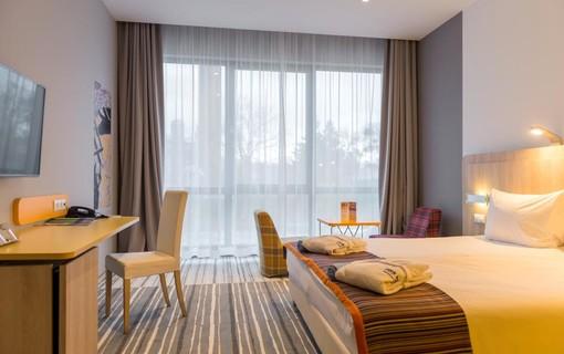 Silvestrovský pobyt-Park Inn by Radisson Sárvár Resort & Spa 1151299323