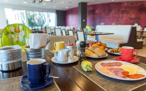 Silvestrovský pobyt-Park Inn by Radisson Sárvár Resort & Spa 1151299383