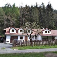 Ubytování - Na samotě v lese Kozárovice