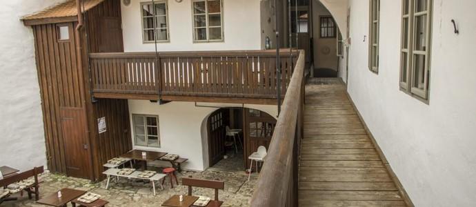 Hotel Kocour Třebíč 49794920