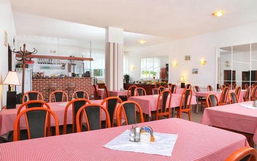 Hotel Lenka 1153156643
