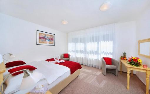 Hotel Lenka 1153156623