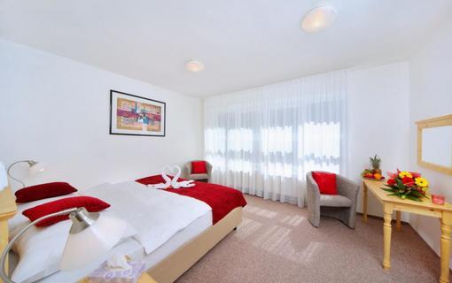 Hotel Lenka 1153156619