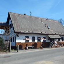 Penzion Dřevěnka s Hostincem U Matyáše Osečná