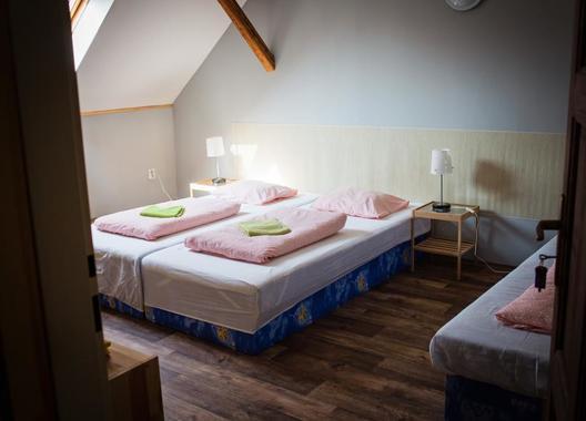 Ubytování-Na-Statku-Jevany-4