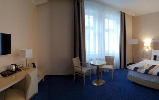 Grandhotel Nabokov 1156434427