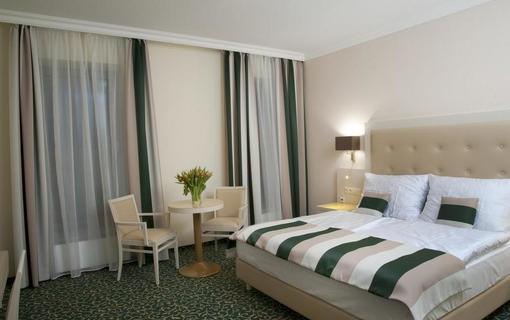 Grandhotel Nabokov 1156434407