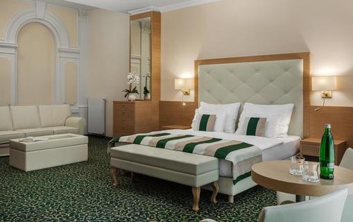 Grandhotel Nabokov 1156434415