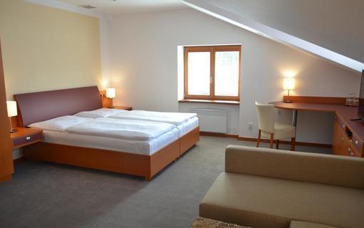 Hotel Magistr 1142940017