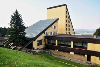 ... Horský Hotel Jelenovská-Valašské Klobouky-pobyt-VÝHODNÝ POBYT SENIOŘI  55+ (1 6870413058