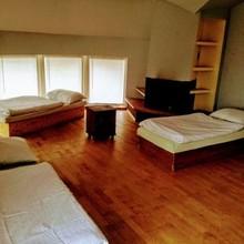 Ubytovňa Zuzana Rosina 1133868841
