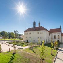 Hotel Chateau Clara Futura Dolní Břežany 570200518