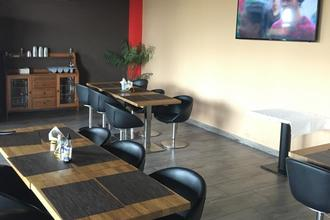 TIF hotel & restaurant Obrnice 48800248