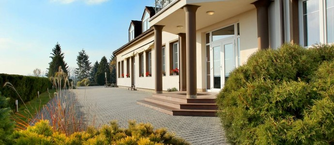 Hotel BRADA-Jičín-pobyt-Sauna víkend pro dva