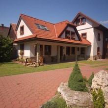 Penzion Dvor u Luttyov Ivachnová