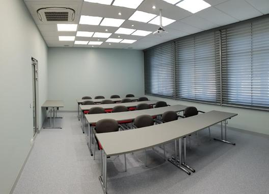 cowork-centrum-petrvald_skolici-mistnost-3