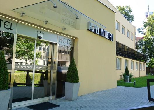 Hotel-Metropol-CB-2