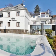 Wellnes & SPA boutique hotel Pod lipkami Praha