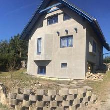 Chata u rybniku Mšecké Žehrovice