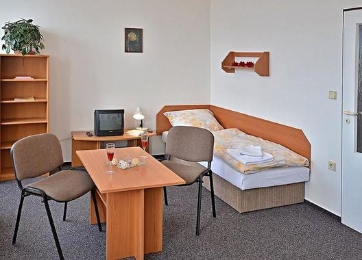 Hotel-Dobruška-5