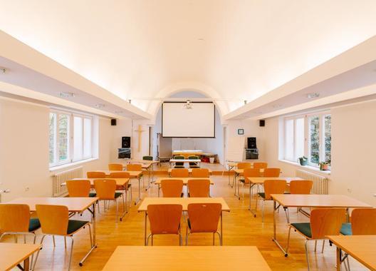 Marianeum-hotel-a-školicí-středisko-6