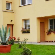 Penzion Žlutý dům ,Šlapanice - Šlapanice
