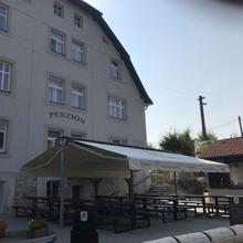 Penzion na zastávce Český Šternberk