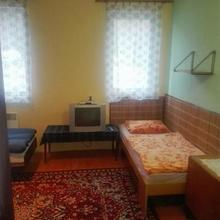 Ubytovna U Závodiště Benešov 48644510
