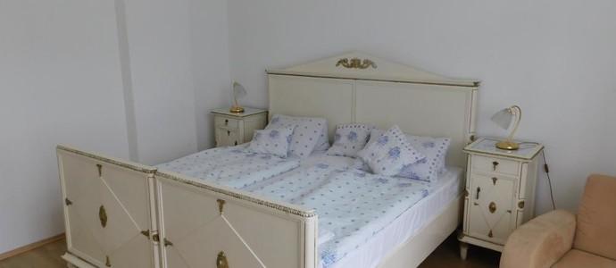 Vila Arnau Hostinné 50076882