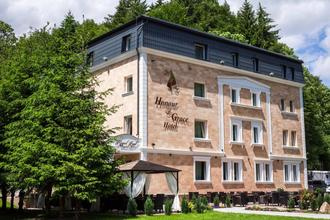 Honour and Grace Hotel Ostrov