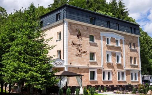 Relax u lesa-Honour and Grace Hotel 1136039809