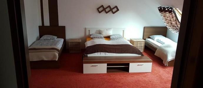 Homestay Kuchařovice 1136235063