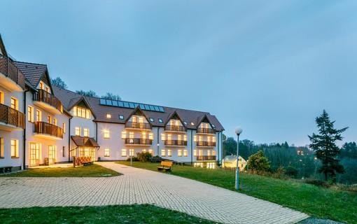 Seniorský pobyt v Krušných horách na 3 noci-Pytloun Wellness Hotel Hasištejn 1155090795